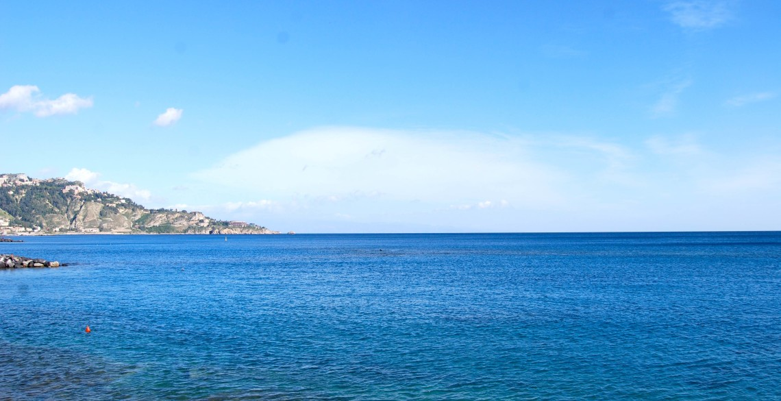 hostal sicily beach cheap