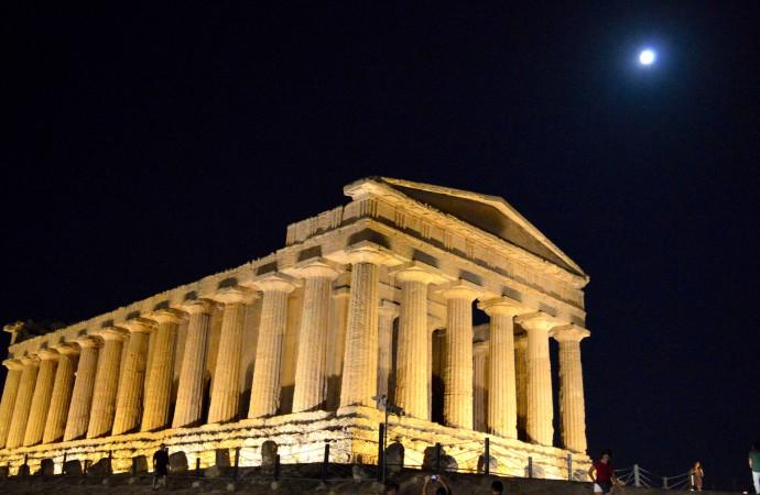 Tempio della Concordia, Agrigento (200 km da noi)